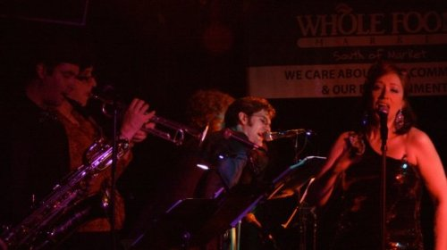 Here I am singing with Fromagique! Bandmembers from L to R: Randy Johnson on bari sax, Patina de Copper on trumpet, Ezekiel Pseudonimo on clarinet, and Rusty 2.0 on trombone and backup vocals.